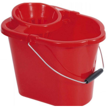 Red Value Bucket With Wringer